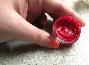 DIY tinted lipgloss+tinted lipgloss+beauty DIY