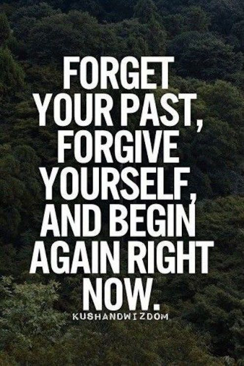 Forget your past move forward Motivational Monday quotes inspirational motivational beauty blogger hey it's that girl anna